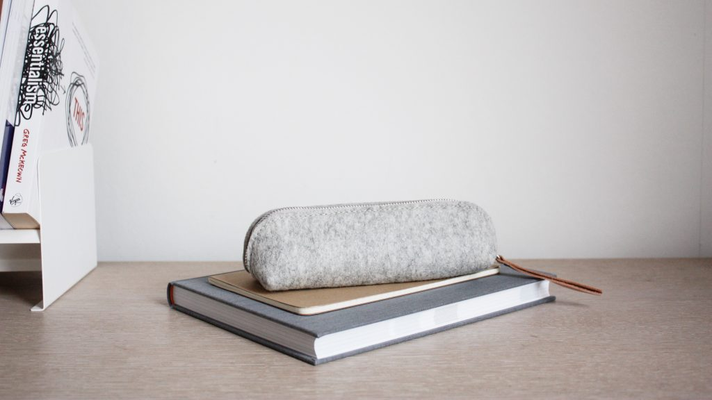 by gitte wooly pouch grey