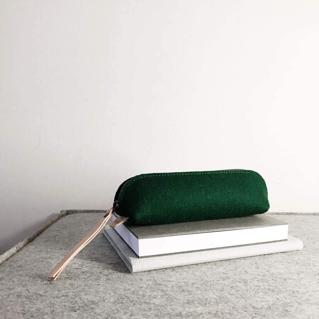 by gitte wooly pouch green