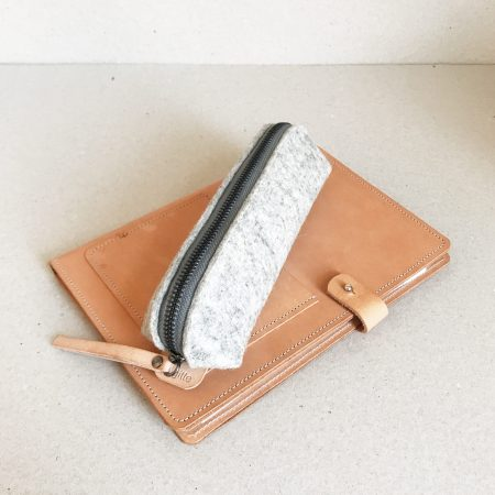 by gitte Wooly Pouch Grey Sample